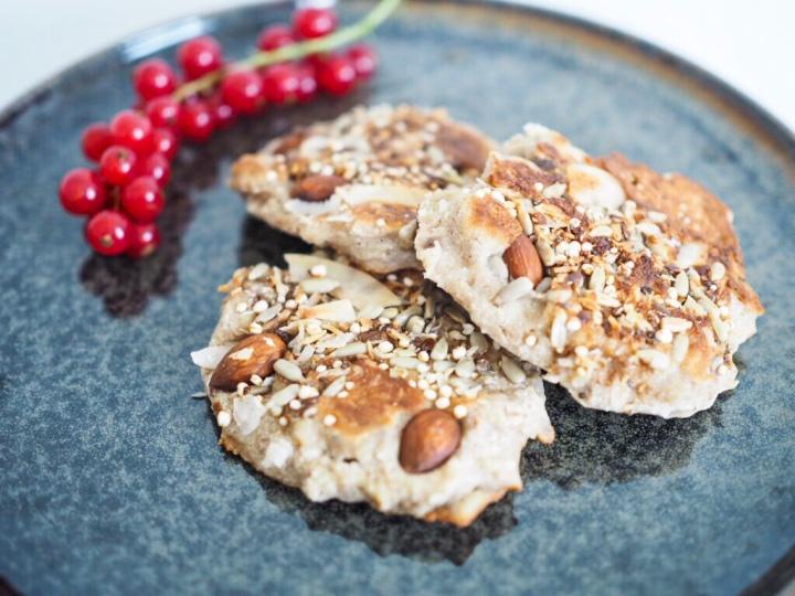 Basisches Frühstück: Pancakes mit Crunch (vegan +glutenfrei)